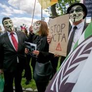 Contrefaçon sur internet: nouvelles manifestations en France contre l'Acta