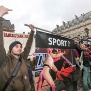 Manifestation anti-corrida devant le Conseil d'Etat
