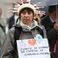 Manifestation à Paris pour « Notre santé en Danger »