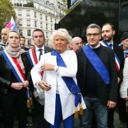 """Paris : Le Front national à la """"Manif pour tous"""""""