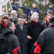 Des proches de la rédaction de Charlie Hebdo  à la marche républicaine de Paris :