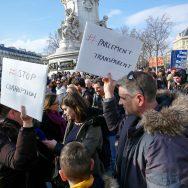 Paris : Mobilisation contre la corruption des élus.