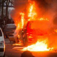 Rassemblement de Bobigny : le fourgon RTL incendié