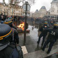 Paris : les lycéens dans la rue.