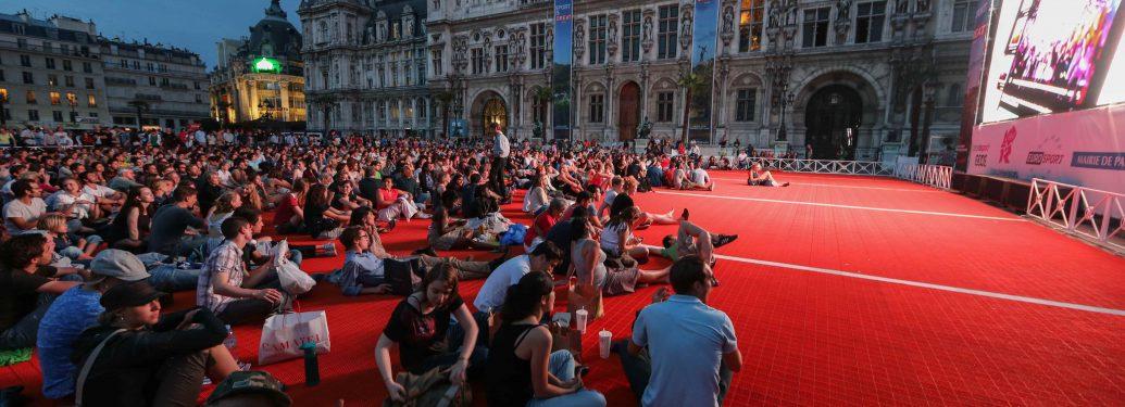 La cérémonie d'ouverture des JO retransmise sur écran géant à Paris