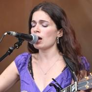Yael Naim, le retour des chanteuses à voix