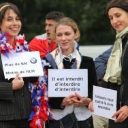 Manifestation dans les quartiers chics de Paris contre les HLM et pour les discriminations