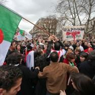 Le vent de la révolte algérienne souffle aussi sur Paris