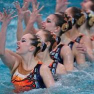 Un open de nageuses bien synchronisées à Montreuil