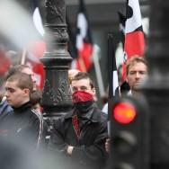 Manifestation contre l'extrême droite devant l'Opéra de Paris
