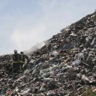 Inquiétudes autour d'une énorme montagne de déchets dans le Val-de-Marne