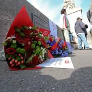 Rassemblement à Paris à la mémoire de Brahim Bouarram, mort le 1er mai 1995