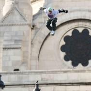 Taïg Khris explose le record du monde de saut en longueur à roller