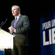 Nicolas Dupont-Aignan vante sa « France libre » pour son premier grand meeting de campagne