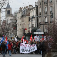 Manifestation anti-FN à Saint-Denis contre la venue de Marine Le Pen
