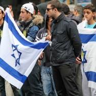 Une manifestation contre la flottille pour Gaza devant l'association Génération Palestine