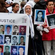 Une marche à Paris pour les disparus des années 1990 en Algérie