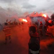 Les pompiers mettent le feu au pavé parisien