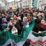 Mobilisation à Paris pour le peuple Syrien un an après le début de la révolution