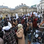Manifestation à Paris contre les expulsions de locataires