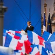 A la Concorde, Sarkozy s'adresse à la «France silencieuse».