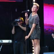 Chimène Badi au concert M6 Live 2012