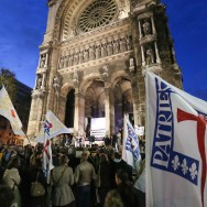 Veillée de prière à Paris pour les Chrétiens persécutés
