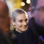 Diane Kruger donne le coup d'envoi des illuminations de Noël des Champs-Elysées