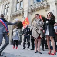 Mariage pour tous à la mairie de Saint-Denis