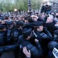 Manif pour tous : les derniers manifestants évacués de force