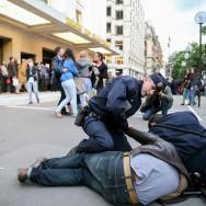 Des opposants au mariage pour tous perturbent le centenaire du Théâtre des Champs-Elysées
