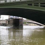 Inondations : les pieds dans l'eau à Troyes, ça monte à Paris