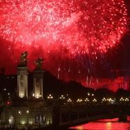 Feu d'artifice : Paris fête la République