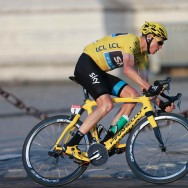 Le Britannique Christopher Froome remporte le 100e Tour de France