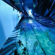 Nuit Blanche 2013 à Paris : la méduse de la piscine Château Landon
