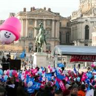 La Manif pour tous dénonce à Versailles la « familiphobie » du gouvernement