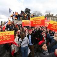 Paris : les anti-IVG saluent l'Espagne