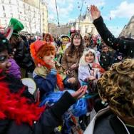 Défilé du Carnaval dans les rues de Paris.