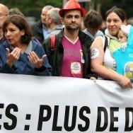 Gay Pride 2014 : Anne Hidalgo et les socialistes mal accueillis par les manifestants