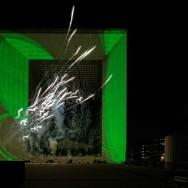 Ici… ailleurs : le dernier spectacle multimedia et pyrotechnique de la Défense