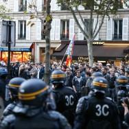"""Paris : échauffourées après la fin de la """"Manif pour tous"""""""