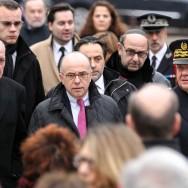 Créteil : Bernard Cazeneuve participe au rassemblement contre l'antisémitisme
