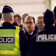Saint Sylvestre : François Hollande sur les Champs Elysées