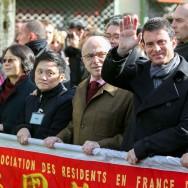 """""""Voilà, voilà, c'est formidable"""" :  Manuel Valls fête le nouvel an chinois à Paris"""