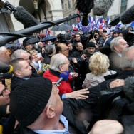 1er mai du FN : Jean-Marie Le Pen fait bande à part