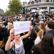 Plusieurs milliers de personnes rassemblées place de la République à Paris en soutien aux migrants