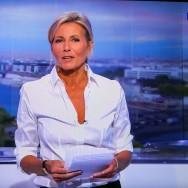 """La """"tristesse"""" de Claire Chazal pour son dernier JT sur TF1"""