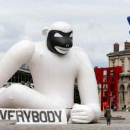 """Avec """"L'Air des géants"""", l'art gonflable redessine le Parc de la Villette"""