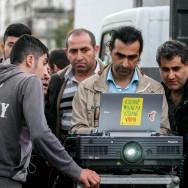 Paris : Soirée électorale des Kurdes place de la Bastille