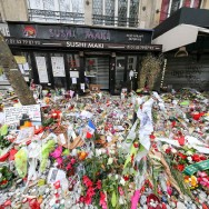 Attentats de Paris : l'hommage des anonymes